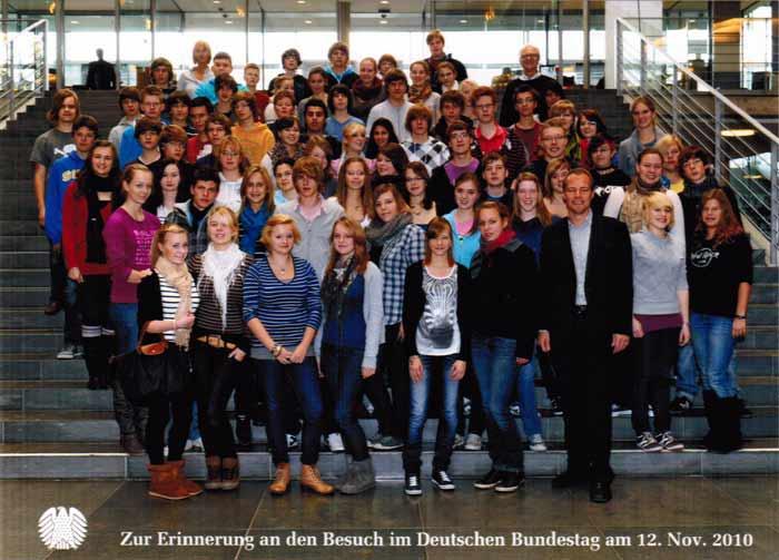 studienfahrt 140 gymnasiasten in berlin gymnasium lehrte. Black Bedroom Furniture Sets. Home Design Ideas