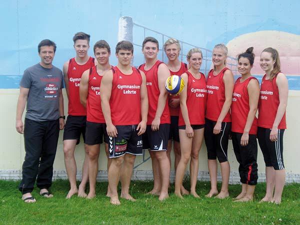 web-JtfO-Beachvolleyball-Mannschaftsfoto1